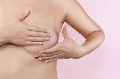 Почему болит грудь после кормления