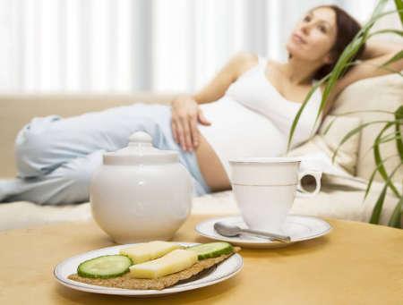 Как снизить токсикоз на ранних сроках беременности