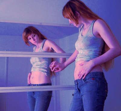 Матка на 4 неделе беременности увеличивается, но размер живота остается прежним