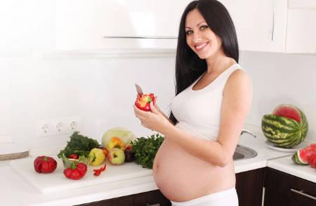 Меню беременной женщины обязано быть разнообразным и сбалансированным