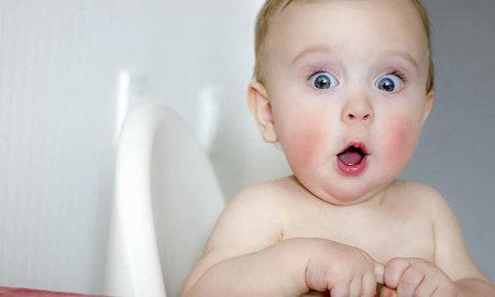 Почему у новорожденного белый налет на языке